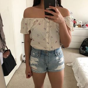 NWT Abercrombie off shoulder floral top